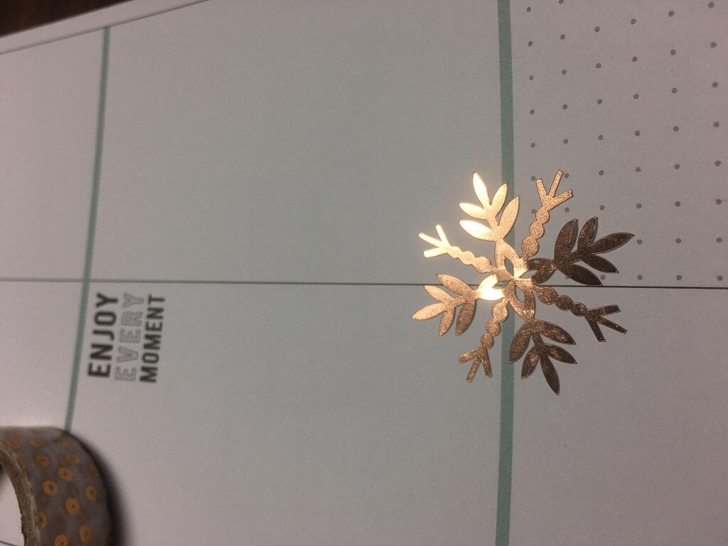 silhouette uk blog - jordy robinson - christmas embellishments - complete 3