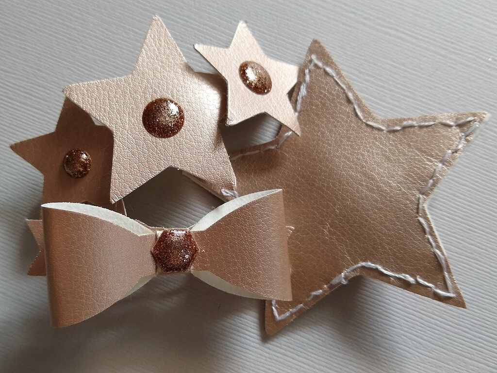 silhouette uk blog - ruth sim - leatherette christmas hair clips - complete